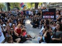 Kocaeli'de kızının gözleri önünde öldürülen Emine Bulut için gösteri düzenlendi
