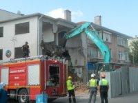 Lüleburgaz Ticaret ve Sanayi Odası'nın (LTSO) hizmet binasının yıkımına başlandı
