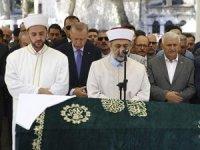 Usta gazeteci- yazar Şule Yüksel Şenler'e veda! cenazeye cumhurbaşkanı Erdoğan da katıldı...