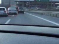 TEM otoyolunda makas terörü... Trafik magandası saniye saniye kaydedildi