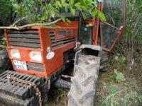 3 yaşındaki çocuk traktörle dereye uçtu
