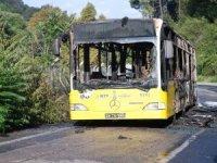 Beykoz'da faciadan dönüldü! İETT otobüsü alev alev yandı