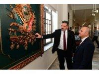 Vali Çakacak, Rektör Çomaklı ile birlikte Cumhuriyet Tarihi Müzesini gezdi
