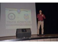 Emniyetten öğretmenlere seminer