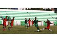 Salihli Belediyespor ilk hazırlık maçını kaybetti