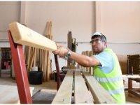 Büyükşehir Belediyesi kendi mobilyasını kendi üretiyor