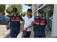 Eşini ziyarette gittiği cezaevinde yakalandı, kendisi de tutuklandı