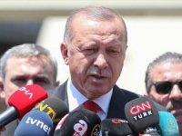 Erdoğan'dan Diyarbakır saldırısı açıklaması: Mücadelemizi yılmadan devam etireceğiz