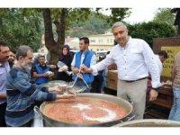 Simav Belediyesinden aşure ikramı