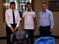 16 bin plastik kapak 13 yaşındaki Aysel'e umut oldu