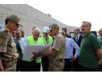 Binali Yıldırım Jandarma Komando Tabur Komutanlığı inşaatında incelemelerde bulundu