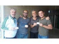 Salihli Belediyespor'a destek için kapı kapı dolaştılar