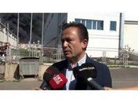 """Tuzla Belediye Başkanı Yazıcı: """"Yangın bir makineden çıkmış, can kaybı yok"""""""