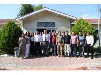 Başkan Esen'den, belediye birimlerine ziyaret