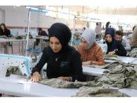 Tekstil fabrikasına dönüştürülen cezaevi 150 kişiye ekmek kapısı oldu