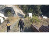 Kılavuz tren raydan çıktı, 2 makinist yaşamını yitirdi