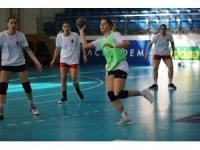 A Milli Kadın Hentbol Takımı, Fransa ve Hırvatistan maçı için kampa girdi