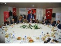 Osmaniye'de gaziler onuruna yemek
