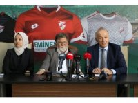 Boluspor'un forma sponsoru Eminevim oldu