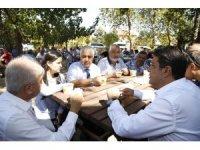 Yeşilbayır'da 600 kişiye aşure ikram edildi