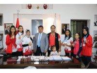 Şampiyon Taekwondo'culardan Murat Eskici'ye ziyaret