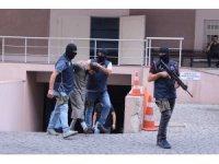 """DEAŞ'ın """"celladı"""" tutuklandı"""