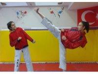 Teakwando Şampiyonasında Türkiye'yi temsil edecekler
