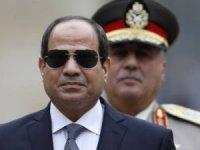 Mısır'da Sisi'nin koltuğu sallanıyor! Halk meydanlara çıktı, orduda kırılmalar başladı...