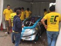 ISUBÜ'nün elektromobili 'Davraz', İstanbul TEKNOFEST finallerinde yarıştı