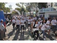 Çocukluk çağı kanserine farkındalık amacıyla 'KAÇUV Umut Koşusu' yapıldı