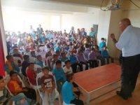 İlkokulda '15 Temmuz Demokrasi Zaferi ve Şehitleri Anma' programı