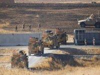 Fırat'ın doğusunda ikinci ortak kara devriyesi... Türk ve ABD zırhlıları Suriye'nin doğusuna geçti...