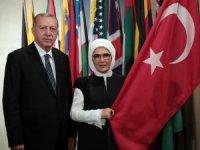 Cumhurbaşkanı Erdoğan ve eşi Emine Erdoğan'dan BM'de hatıra fotoğrafı
