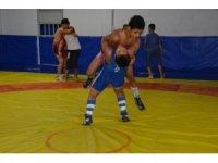 Yunusemre kış güreş kursları başladı