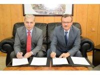 Ulusal Tekstil Üniversitesi ile akademik iş birliği protokolü