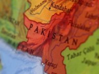 Pakistan 6.1'le sallandı... Ölü sayısı artıyor!