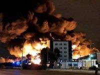 Fabrika alevl alev yandı!
