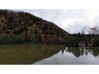 Borçka Karagöl'ün büyüleyen sonbahar güzelliği