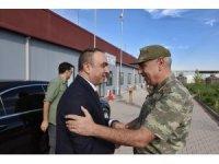 Vali Soytürk'den Tümgeneral Uzun'a ziyaret
