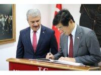 Japonya Ankara Büyükelçisi, Akio Miyajima Kırşehir'de Valilik ve Belediye Başkanlığını ziyaret etti