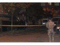 Beyoğlu'nda bir dükkanın önüne 'ses bombası' atıldı