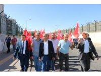 Diyarbakırlı vatandaşlardan Barış Pınarı Harekatı için gönüllü askerlik başvurusu