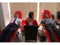 Hatay Büyükşehir ve HATSU'dan Mehmetçik için kan bağışı