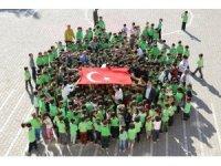 """400 öğrenciden Mehmetçiğe """"Barış Pınarı"""" koreografili destek"""