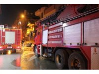 Hatay'da korkutan çatı katı yangını