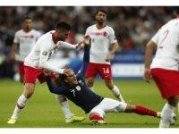 EURO 2020 Grup Eleme: Fransa: 0 - Türkiye: 0 (İlk yarı)