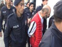 Uyuşturucu operasyonunda gözaltına alınan 25 kişi adliyeye sevk edildi