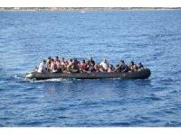 Kuzey Ege'de 80 düzensiz göçmen yakalandı