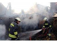 Yozgat'ta ahşap evde çıkan yangın korkuttu