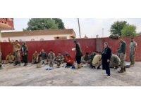 Sınırın sıfır noktasında görev yapan Mehmetçiklere yemek ikramı